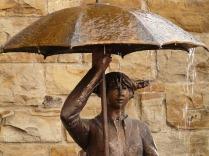 statue-5998_640